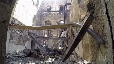 Bombeiros concluem que Museu Nacional estava em situação irregular - Três dias depois do incêndio, o Corpo de Bombeiros do Rio conseguiu analisar a documentação do Museu Nacional. E afirmou que a situação estava irregular.