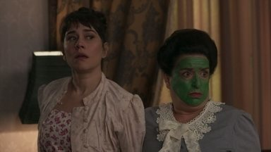 Lady Margareth impede a fuga de Susana e Petúlia - Susana se arruma para fugir depois que Xavier tentou matá-la