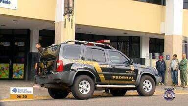 Delegado federal é suspeito de receber propina e desviar verbas em Passo Fundo - Caso está sendo investigado pelo MPF e Polícia Federal.