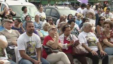 Grito dos Excluídos é realizado em Guarujá - Evento ocorreu no Distrito de Vicente de Carvalho.