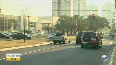 Semáforos são instalados na Avenida Wladimir Meirelles em Ribeirão Preto - Motoristas devem ficar atentos à nova sinalização na zona sul.