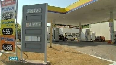 Preço do combustível nas alturas - Preço do combustível nas alturas
