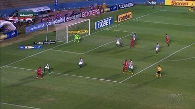 Vila Nova vence o Coritiba e volta à briga pelo G-4 da Série B - Tigre ganha por 2 a 1 e termina rodada na sexta colocação
