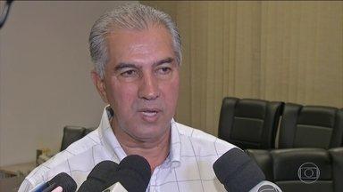 PF faz buscas na casa e gabinete do governador do Mato Grosso do Sul - Reinaldo Azambuja é investigado por, supostamente, ter recebido cerca de R$ 70 milhões em propinas em troca de redução de impostos para as empresas do grupo JBS.