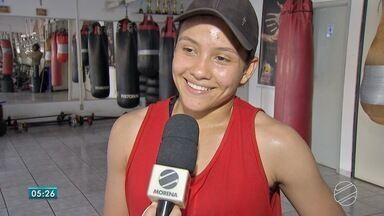 Colombiana estréia no boxe em Campo Grande - Sem dinheiro, ela chegou na capital sul-mato-grossense em peregrinação.
