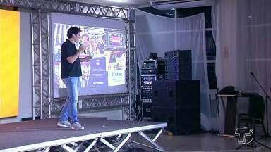 Empreendedor: Como transformar um pequeno negócio em uma empresa de bilhões? - Este foi o tema de uma palestra realizada ontem à noite em Santarém.