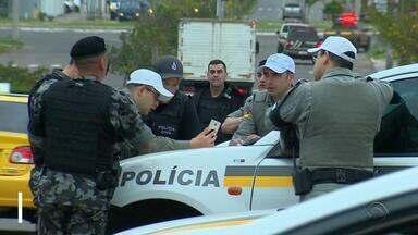 Operação prende 14 pessoas de quadrilha que operava em Canos e Região Metropolitana - Assista ao vídeo.