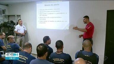 Curso da Guarda Municipal de Cachoeiro entra na fase de treinamento com armas, no ES - Ainda não há data para eles começarem a andar armados.