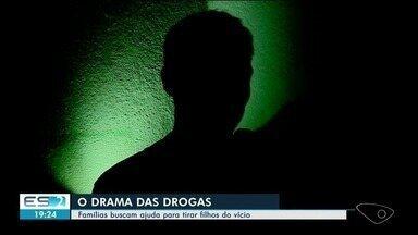 Famílias buscam ajuda para tirar filhos do vício das drogas no Sul do ES - Em 2017, Defensoria Pública recebeu 200 pedidos de internação involuntária.