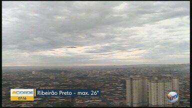 Confira a previsão do tempo para terça-feira (18) em Ribeirão Preto - Temperatura máxima chega a 26°C.