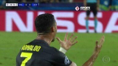 CR7 é expulso, Real Madrid vence e Manchester City é derrotado na Liga dos Campeões - Mesmo com CR7 expulso, a Juventus venceu o Valencia por 2 a 0. Real Madrid venceu por 3 a 0 a Roma e o Manchester City foi derrotado por 2 a 1 para o Lyon.