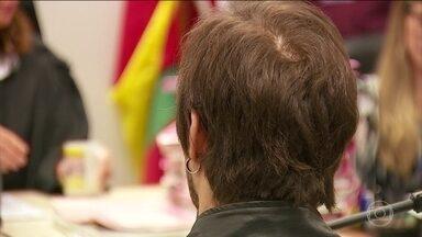 Três réus acusados de espancar jovens judeus em um bar em Porto Alegre são condenados - Penas somam mais de 38 anos de prisão. Crime aconteceu em maio de 2005. Outros seis serão julgados em novembro.