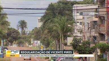 Moradores de Vicente Pires entregam proposta urbanística para o Trecho 2 - O projeto, que foi entregue ao GDF, foi encomendado e pago por moradores. O documento será analisado, agora, pelo Conselho de Planejamento Territorial do DF.