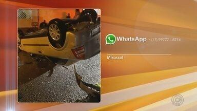 Motorista fica ferido após carro capotar e bater em veículo estacionado em Mirassol - Um homem ficou ferido após capotar o carro que dirigia e bater em um veículo que estava estacionado no Bairro São Francisco, em Mirassol (SP), na noite de quinta-feira (21).