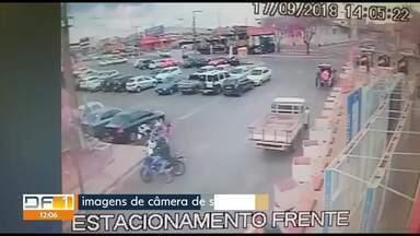 Ladrões furtam motos até em estacionamento privado - Polícia Civil informou que está investigando as quadrilhas. Dica é estacionar em locais movimentados e instalar dispositivos de segurança, como GPS.