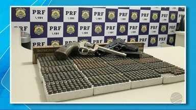 Em uma semana, homem é preso duas vezes pela PRF em MS - Primeira prisão foi por ele estar levando carro roubado para o Paraguai e segunda prisão por tráfico de drogas.