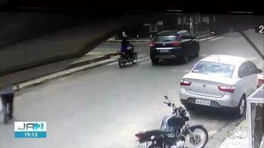 Câmera registra acidente que matou motociclista em Araguaína - Câmera registra acidente que matou motociclista em Araguaína