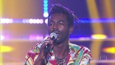 Jonathan Azevedo canta 'Proibida Pra Mim' - Ator recebe elogios dos especialistas pela bela apresentação