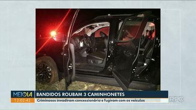 Três caminhonetes foram furtadas de uma concessionária de Umuarama - Os bandidos invadiram a concessionária e fugiram com os veículos, houve perseguição.
