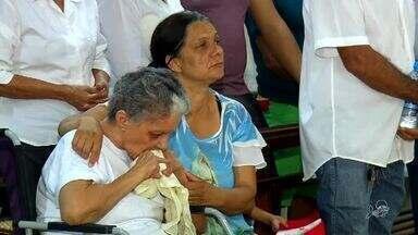 Familiares e amigos se reúnem em missa de sétimo dia de professora assassinada no Crato - Saiba mais em g1.com.br/ce