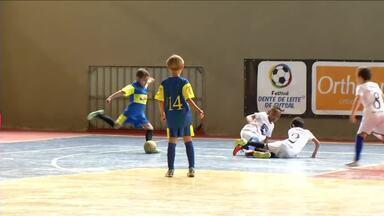 Festival Dente de Leite de Futsal: veja como foram as seletivas em Paty do Alferes - Jogos aconteceram no Ginásio Municipal Hugo Côrrea Bernardes Filho.