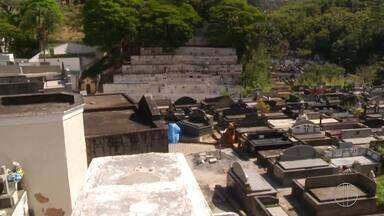 Novas gavetas serão construídas no cemitério de Petrópolis, no RJ - Assista a seguir.