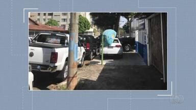 Condutores são flagrados desrespeitando as leis de trânsito em Goiás - Flagrantes foram enviados pelos canais de comunicação da TV Anhanguera.