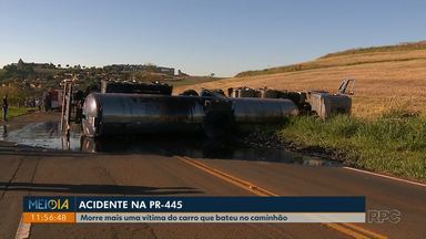 Morre mais uma vítima de acidente que envolveu um carro, uma van e um caminhão - O acidente foi na PR-445. Elvira Schneider, de 53 anos, era passageira do carro.