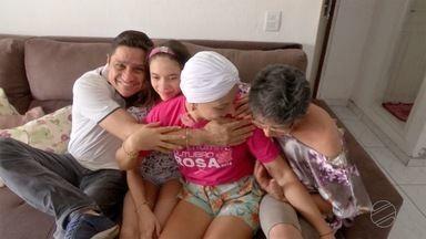 Campanha outubro rosa alerta para casos de câncer de mama em mulheres jovens - Campanha outubro rosa alerta para casos de câncer de mama em mulheres jovens.