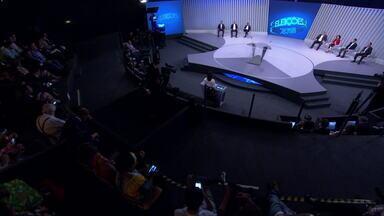 Debate dos candidatos ao governo do Rio - Os candidatos ao governo do Rio de Janeiro, Eduardo Paes (DEM), Indio (PSD), Marcia Tiburi (PT), Pedro Fernandes (PDT), Romário Faria (Podemos), Tarcísio Motta (PSOL) e Wilson Witzel (PSC) participaram do debate nesta terça-feira (2).