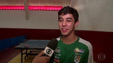 Na Eslovênia, talento do tênis de mesa do Recife medirá força com 16 melhores do mundo - Lucas Carvalho é o primeiro pernambucano a disputar Mundial Paralímpico