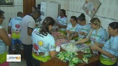 Grupo de amigos arrecada brinquedos para doações no dia das crianças - Há 14 anos, grupo de voluntários se mobiliza para realizar ação.