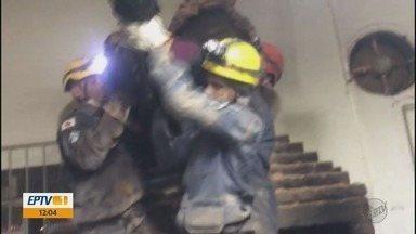 Ladrão fica preso em chaminé durante tentativa de furto em churrascaria em Machado (MG) - Ladrão fica preso em chaminé durante tentativa de furto em churrascaria em Machado (MG)