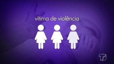 Número de denúncias sobre violência contra a mulher aumenta - De acordo com uma pesquisa do Data Folha, uma em cada três mulheres já sofreu algum tipo de violência no último ano. Mas elas não estão mais tolerando as agressões.