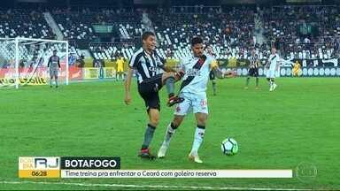 Botafogo e Vasco à cata de pontos - Na reta final do Brasileirão, alvinegros e cruzmaltinos correm atrás de sequência de vitórias para se manterem na Série A no ano que vem.