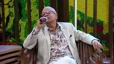 Nei Lopes canta ''Senhora Da Liberdade'' - O cantor comenta sobre a censura na época da ditadura