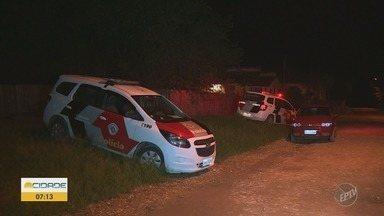Suspeito de roubo de carro morre após troca de tiros em Piracicaba - Um segundo suspeito foi preso e dois fugiram.