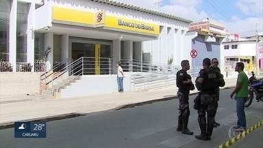 Bandidos explodem duas agências bancárias no Agreste de Pernambuco - Caso ocorreu em Santa Cruz do Capibaribe.