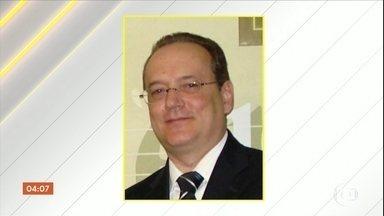 Testemunhas de assassinato de advogado no RJ prestam depoimento - Advogado teria sido baleado por ter demorado a se liberar do cinto de segurança.