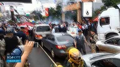 Protesto fechou a Ponte Internacional da Amizade - O dia foi marcado por manifestações, protestos e muita confusão.