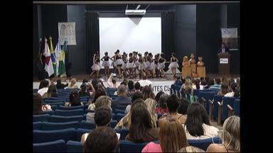 Conferência debate direitos das crianças e adolescentes em Montes Claros - Evento reuniu autoridades, instituições e pais.