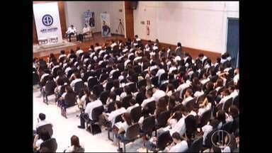 Estudantes participam de aulão para o Enem 2018 em Montes Claros - Alunos de cursinhos e escola pública estiveram presentes.