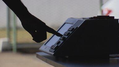 Operação especial de segurança para as eleições já está funcionando no DF - São 31 órgãos públicos de prontidão no Centro Integrado de Operações. Monitoramento é para coibir crimes eleitorais.