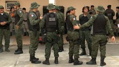 Policiais militares viajam para cidades do interior para reforçar segurança nas eleições - Tropas vão fazer a segurança nos locais de votação e nas ruas das cidades.