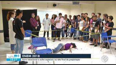 Feira vocacional orienta estudantes sobre carreira profissional e Belém - Provas do Enem, porta de entrada do ensino superior, são realizadas na próxima semana.
