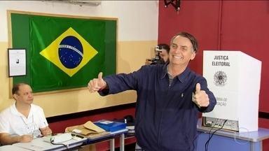 Veja a trajetória política do presidente eleito Jair Bolsonaro - Jair Messias Bolsonaro, do PSL, está na política há quase 30 anos. Foi vereador e deputado federal por sete mandatos.