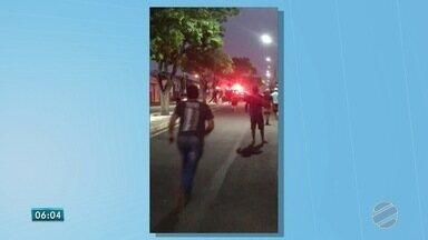 Imagens mostram perseguição a suspeito em moto em Glória de Dourados - Rapaz fugiu da polícia porque não tem habilitação.