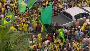 Veja como foi o último dia das eleições para Jair Bolsonaro e Fernando Haddad - Quase 116 milhões de eleitores foram às urnas para escolher o novo presidente. Veja como foi o último dia dessas disputadas eleições para os dois candidatos que chegaram ao segundo turno.