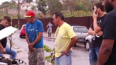 Dois acidentes são registrados na tarde desta quinta-feira em Governador Valadares - Uma viatura da Polícia capotou na BR-259.