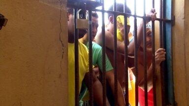 Justiça procura alternativas para recuperar presos já condenados - Técnicas terapêuticas e Justiça Restaurativa são opções para resolver problemas do dia a dia e com a crise no sistema penitenciário brasileiro.